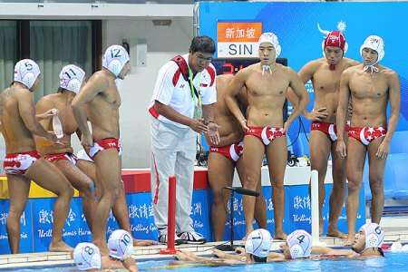 Singapore Water Polo Trunk Pictures on Actually Most Of The Singaporeans Dare Not Do Like This  Although