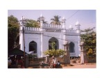 2601133-mosque_in_Mawlamyine_Burma